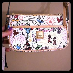 Dooney & Bourke Bags - Authentic Dooney & Bourke crossbody Disney bag